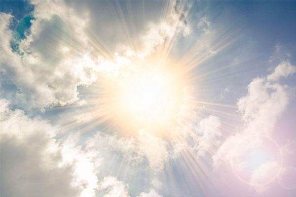 Luzclinic Enfermedades oculares por exposición al sol